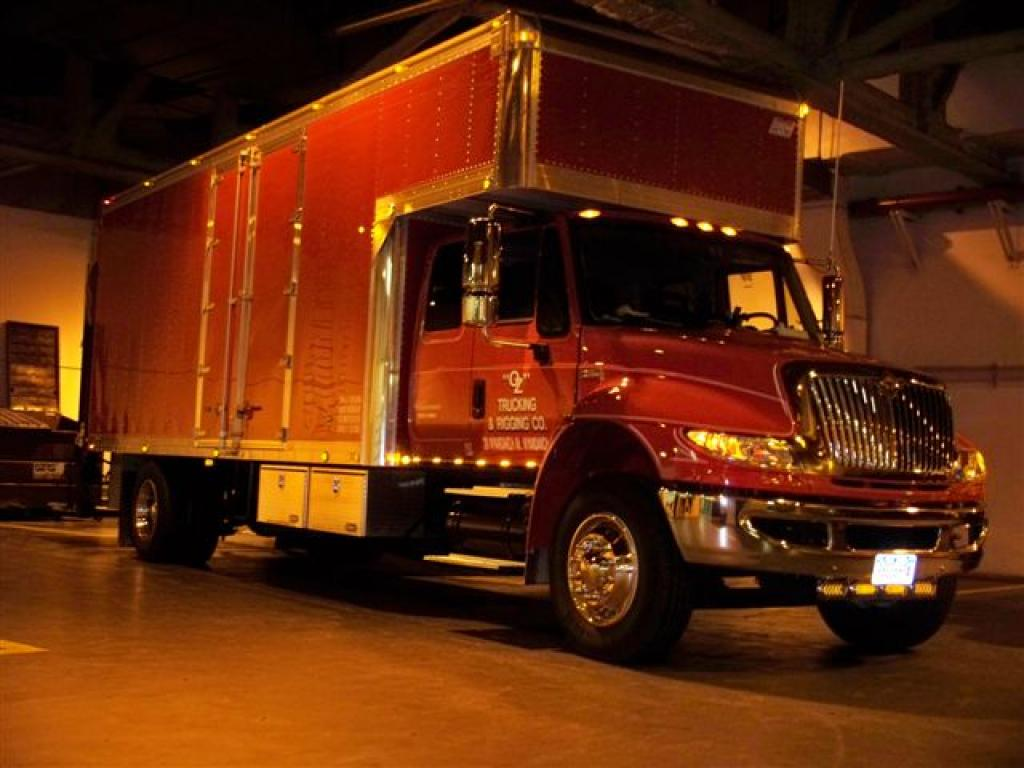 Truck Fleet Gallery Diverse Fleet Quot Oz Quot Trucking And